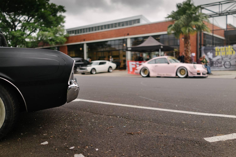 Valiant x Porsche